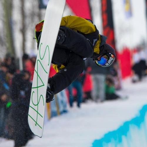 Click on the image above for a 2014 FIS Stoneham Quebec Snowboard Halfpipe world cup